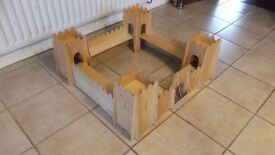 """Large ELC wooden Castle 28"""" x 28""""square x 12"""" high can be dismantled and goes flat"""