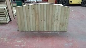 🌟 Top Quality Heavy Duty Bow Top Wood Fencing Panels