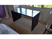 Ikea black glass topped desk 140W * 75D * 76H good condition