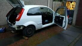 Breaking Ford Fiesta ST150