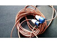 Hook up cable for caravan