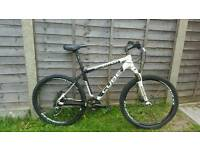 Mens cube mountain bike with hydraulic dice brakes need TLC