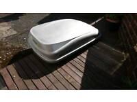 Roof box.. Mont Blonc Vista 320