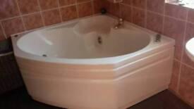 Jacuzzi bathroom suite