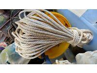 Rope - Yacht rope - 25m x 10mm white nylon three strand