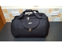 Black Holdall with Wheels