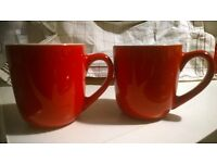 Set of 3 red mugs