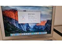 Macbook air late 2008, 1.6ghz, 2GB, 120 GB SSD