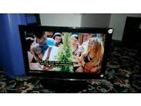 Technika 23 inch screen hd lcd free view and dvd TV £ 40