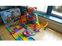 Vtech Toot-Toot Drivers Amusement Park with extention track and 2 x cars
