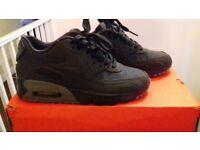 Nike air max size 4