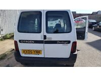 Citroen berlingo, I year mot, very economical, cheap on fuel and tax, great drive cd player