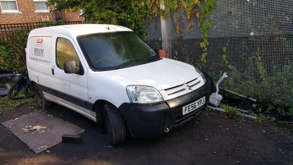 Citroen berlingo, 2006 engine is gone only parts sale.