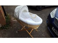 Moses Basket with Bedding and Stand