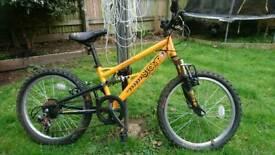 """Kids bike 15"""" wheels"""