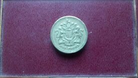 Rare 1983 1st year issue one pound coin.