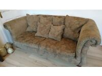Top Quality Leftons Sofa For Sale, In Excellent Condition & with Scatter Cushions. *CAN DELIVER*