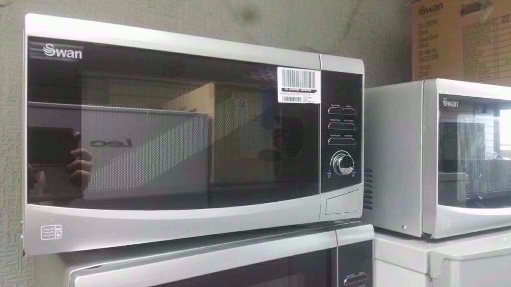 Brand New Silver 23 Litre Touch Control Microwave R.R.P. £99.99 Now £59