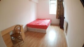 HUGE DOUBLE ROOM AVAILABLE NOW - ILFORD - GREAT PRICE