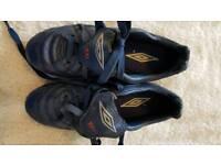 Umbro footie boots size 12k junior.