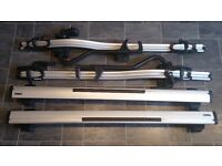 Bicycle racks 2 x Thule ProRide 591 + 2 x Wing bars 969 (127cm) in excellent condition