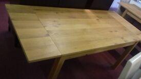 Brand new schreiber linford solid wood/veneer extending dining table