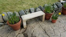 1/4 ends stone bench