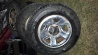 255/65/17 tire d hiver a clou