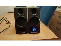 M-Audio Studiophile AV20 Studio/DJ and PC/Laptop active Speakers
