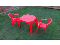 Kids' outdoor table and chairs, half a year old, very good condition