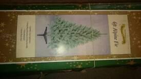 2nd hand 6ft green Christmas tree