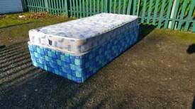 Nice single Bed with mattress (delivery available)