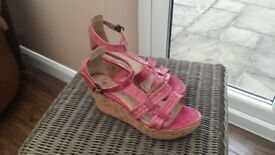 FAT FACE ladies pink wedges