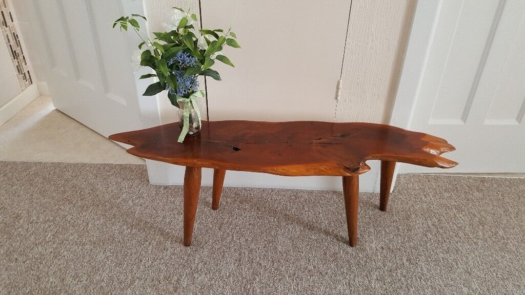 Vintage 1960 39 s rustic tree slice coffee table knotty wood for Gumtree beauty table