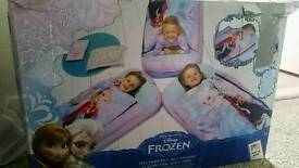 Frozen blow up ready bed
