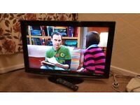 Panasonic 32 inch full HD 1080p LCD TV with Freeview and USB