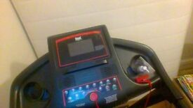 everlast vision multispeed running machine bought new only used twice collection only