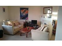 Double bedroom available in three bed shared flat