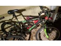 Spears or repairs job lot 8 bikes an parts with wheels an tyres