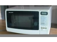 Sharp R-249 microwave oven 800 W