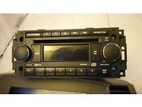 Jeep Grand Cherokee 05-10 WK stereo in good working orders
