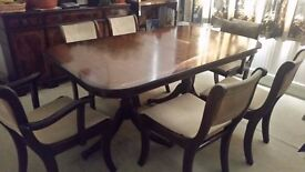 Beautiful 6 seater dining table and chairs