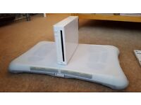 Nintendo wii console and games with guaitar