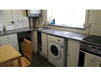 Renting a lovely single room at woolwich £90 weekly.
