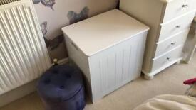 Brand new laundry box/seat