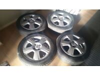 15 inch Vauxhall corsa alloys with good tyres. 4 stud 4 × 100. Fantastic condition stylish alloys