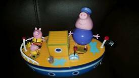 Peppa pig boat with original figures