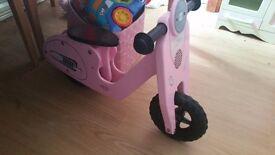 Girls vespa balance bike