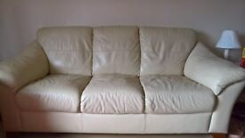Cream 3 seat sofa, ex condition