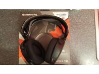SteelSeries Arctis 7, Lag-Free Wireless Gaming Headset, DTS 7.1 Surround PC/PS4/XBOX/Bluetooth